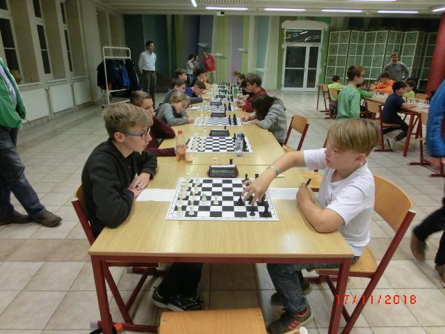 Kurt Broneder (Links) gegen Tobias Englisch (Rechts, SV Mistelbach)