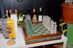 Hauptpreis bei der Tombola: ein mexikanisches Schachspiel gespendet von Gerald Korostensky